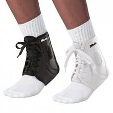 Спортивный бандаж на голеностоп Mueller ATF® 2 Ankle Brace